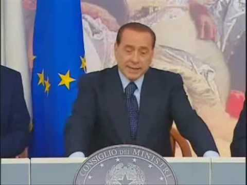 Berlusconi: educazione civica ai cittadini italiani