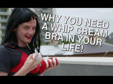 DIY Whipped Cream Bra - Katy Perry