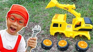 Construction Vehicles Toys Assembly for kids with Excavator, Dump Truck & Crane Truck by Dave Mario