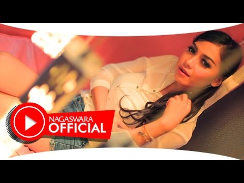 Dewi Oktalestari - Klop -  Official Music Video HD - NAGASWARA