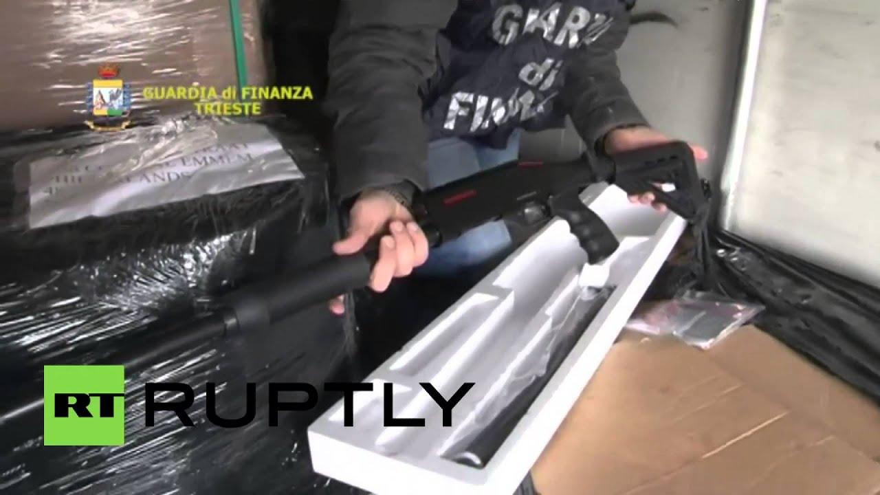Italian police seize 800 shotguns en route from Turkey to Belgium