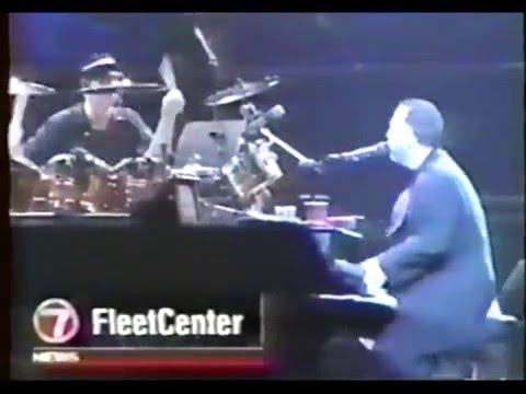 Billy Joel  Ch 7 Local News Boston Tour Stop 1998