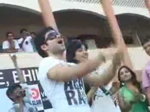Rungta Clg Bhilai Me Neha Sharma & Imran Hashmi.mp4 video