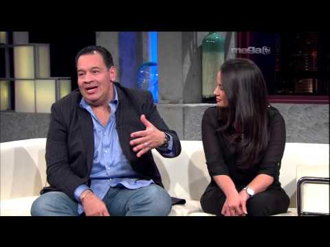 Tito Nieves Introduce a Su Novia en Esta Noche Tu Night (12-3-12)