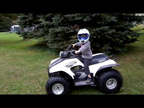 3 year old Aiden rides his 4-wheeler for the first time.MP4