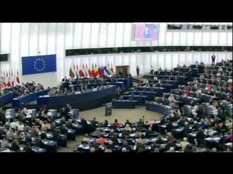 Ukraine - EU Pact Ratified: Ukraine deal with EU signed off by Poland