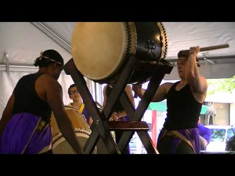 Taiko drumming by Mame Daiko at Cleveland Asian Festival