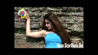 Hushyar - Dokhtar Irooni - New Persian Video Klip 2011 ( Www.SizarMusic.Net )