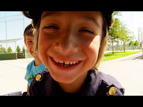 Sidewalk Cops 4 - Bloopers & Behind-The-Scenes!