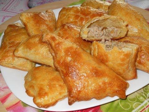 Пирожки мясо с картошкой в слоеном тесте в духовке рецепт