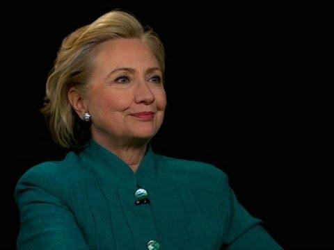 Clinton Discusses MH17 Crash, Russia