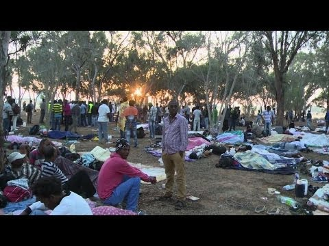 African immigrants in Israel protest near Egypt border