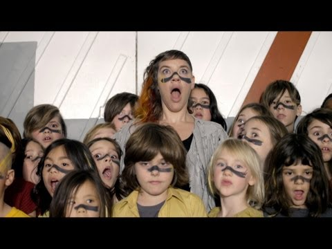 tUnE-yArDs - 'My Country'