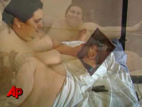 World s Heaviest Man to Wed