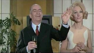 Louis de Funès - Hibernatus (1969) - The annoying waiter