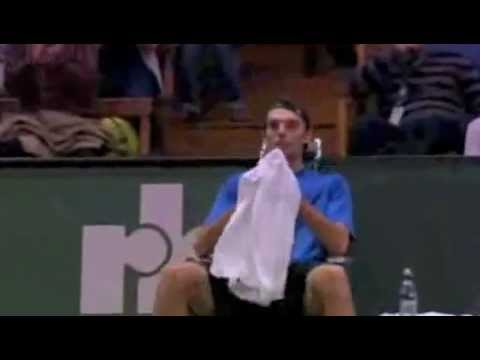 Karlovic underarm drop serve