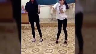Quẩy tại lớp