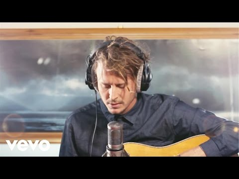 Ben Howard - Small Things (solo Session) video