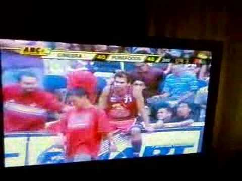 Marc Pingris Vs Ronald Tubid video