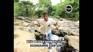 "download lagu Embun Salju ""panggah Penak Bojo Ne Dewe"" gratis"