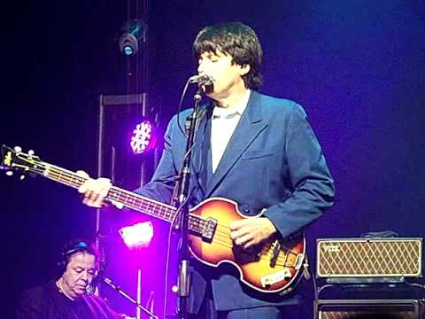 Rocky Raccoon - American English Beatles Tribute