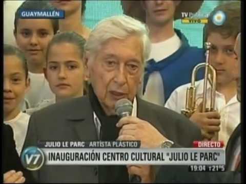 Inauguró el centro cultural más importante de Cuyo con la presencia de Quino y Le Parc