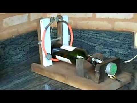 Cortando garrafas de vidro
