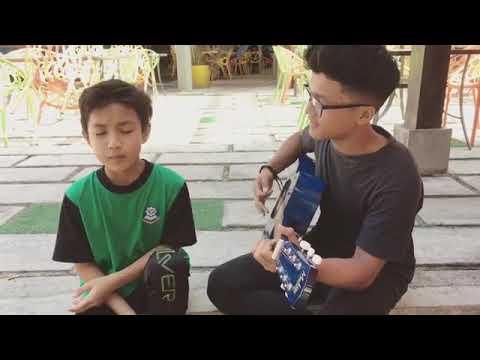 Cowok ganteng asal malaysia cover lagu sufian suhaimi - dimatamu