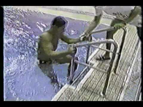 Greg Louganis hits his head