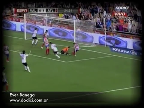 Ever Banega Highlights  Valencia 2010/2011