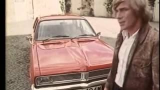 VAUXHALL VIVA HC TV COMMERCIAL WITH JAMES HUNT