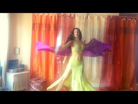 Tina Defoy bellydance on Nay al khalid (balady)