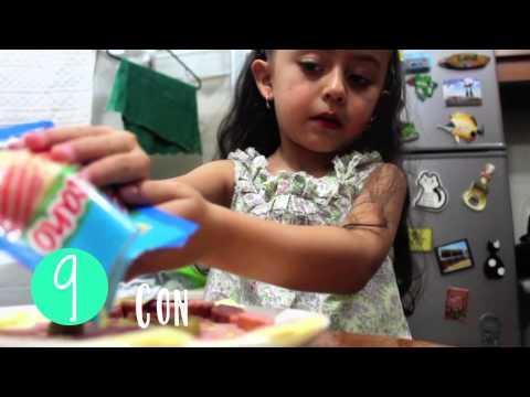 Ni a cocinando pizza juanita youtube - Nina cocinando ...