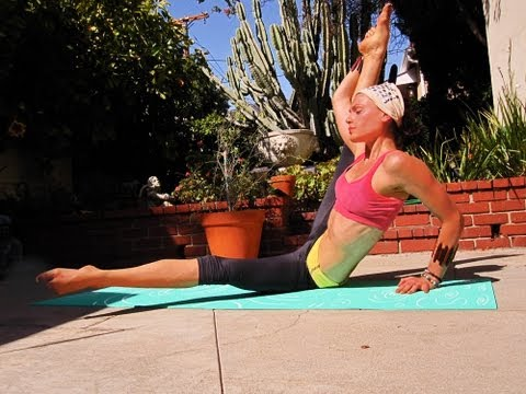 POWER YOGA INTERVAL Vinyasa flow All Levels 1-3 Intense Planks Core Image 1