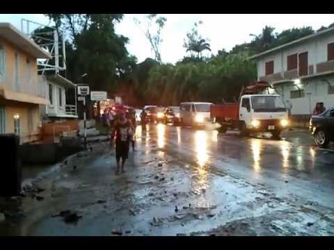 Inondation  à Canal Dayot, Ile Maurice - Samedi 30 Mars 2013