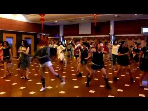 Mama  Makossa  -  Line Dance video