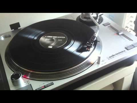 Technics 1200 and Audiotechnica AT-LP120 USB Turntables - A Story of Love and Heartbreak...