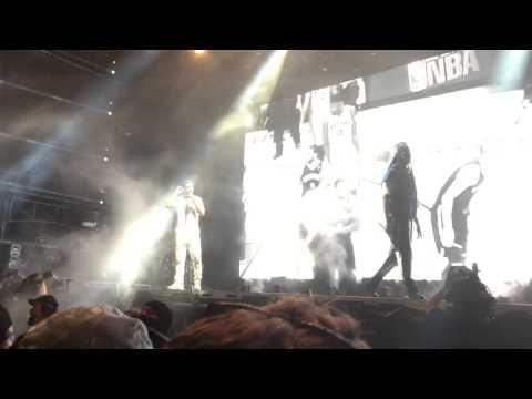 Drake & 2 Chainz @ Future Music Festival