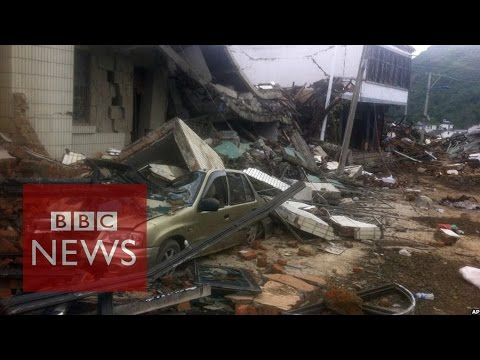 CCTV shows moment China quake struck - BBC News