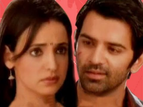 Arnav TEASES Khushi in Iss Pyaar Ko Kya Naam Doon 10th July 2012