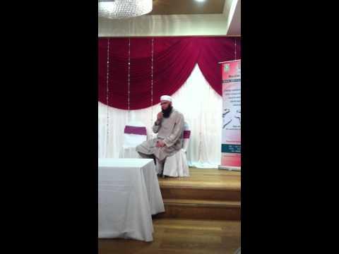 Junaid Jamshed performing in  Manchester Muhammad Ka Roza
