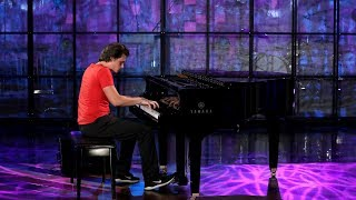 Viral Piano-Playing Pizza Delivery Guy Performs  from TheEllenShow