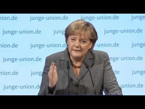 Angela Merkel: Multikulti ist gescheitert