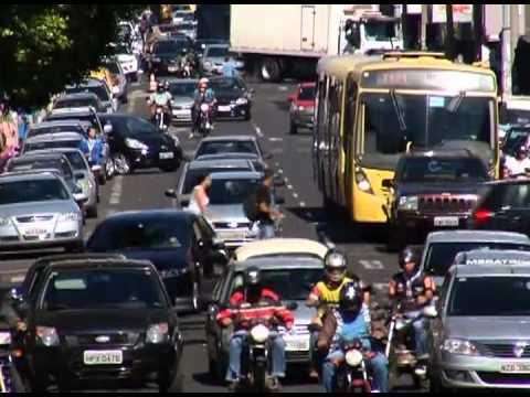 Com 350 mil veículos por dia, trafego de Uberlândia irrita cidadãos