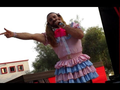 Ladybeard - Valentine Day Kiss [Fan Expo 2017]