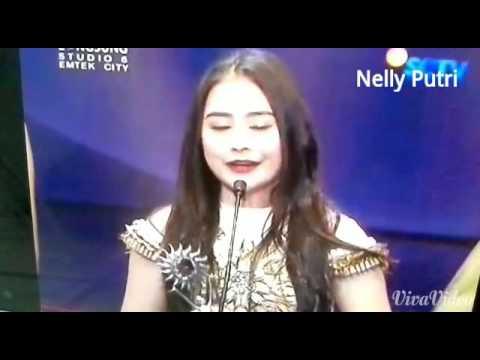download lagu Prilly Latuconsina Aktris Utama Paling N gratis