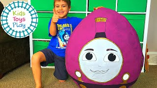Thomas and Friends Lady GIANT Surprise Egg! | Thomas the Tank Engine