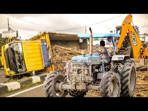 Truck Accident Heavy Recovery By Ford Tractor 6610 And JCB Backhoe 3CXECO