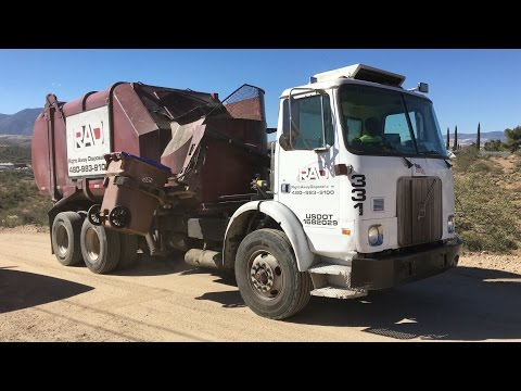 Right Away Disposal ⇨ Volvo WX Heil Rapid Rail Recycling Truck