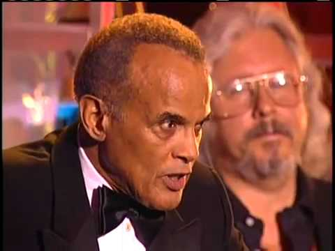 Harry Belafonte and Arlo Guthrie Induct Pete Seeger into the Rock and Roll Hall of Fame